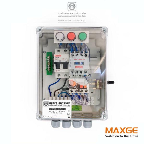 Quadro Discontactor para controlo e proteção de eletrobombas utilizadas no abastecimento de água sob pressão. Contactor, relé térmico e disjuntor marca identificada.